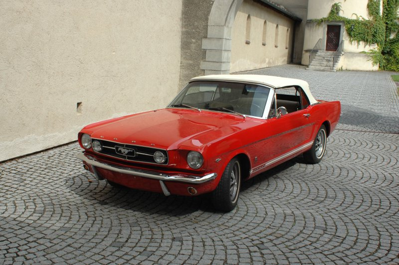 ford mustang in konstanz am bodensee mieten. Black Bedroom Furniture Sets. Home Design Ideas